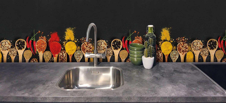 Keukenwand - Kleurige kruiden
