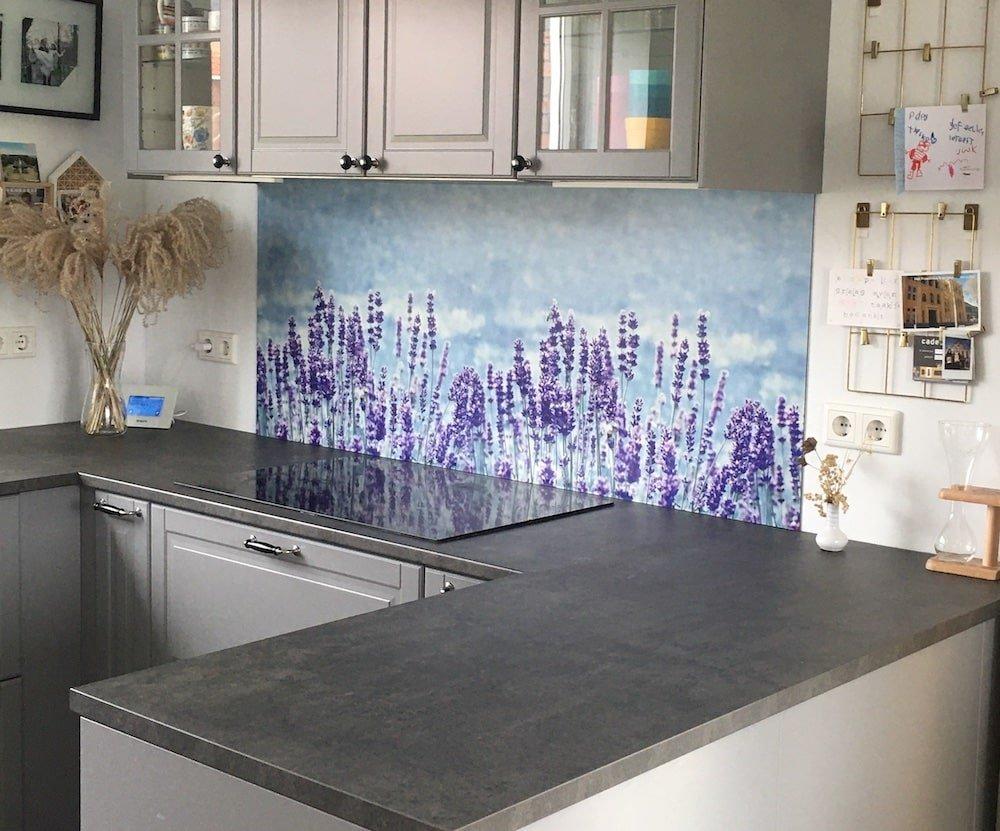 Lavendel keukenwand resultaat